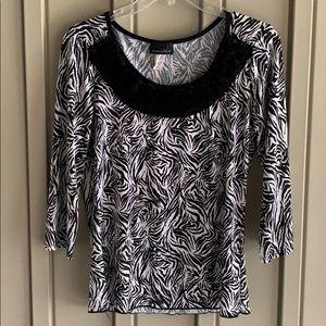Brittany Black Black & White Zebra Print Shirt size Medium